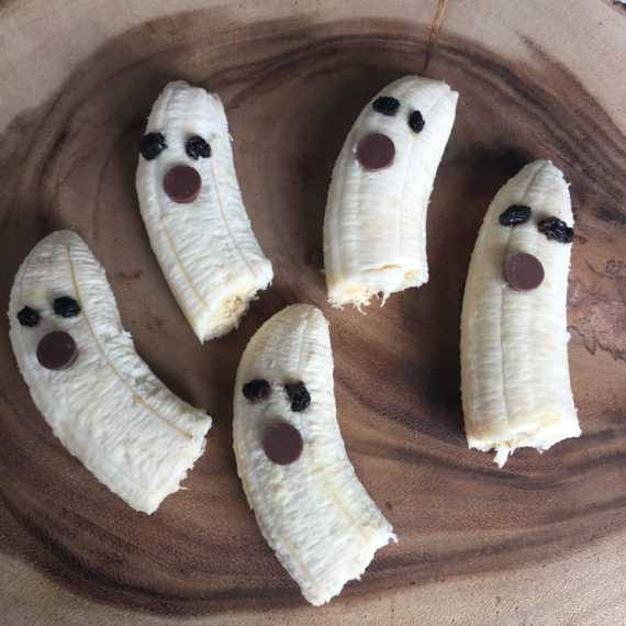 banana ghosts recipe from Jen Martinsen at www.nutritionbliss.com